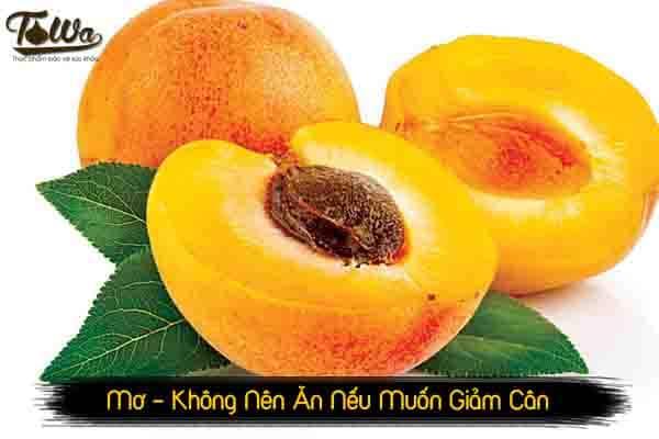 Mơ là trái cấy không nên ăn nếu muốn giảm cân